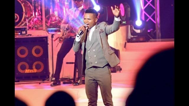Ayanda Ntanzi – HE IS ALIVE